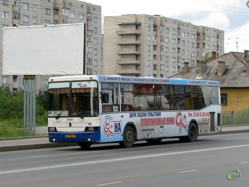 Вологда. НефАЗ-5299 ав952