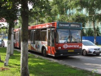 Великий Новгород. МАЗ-105 ае086