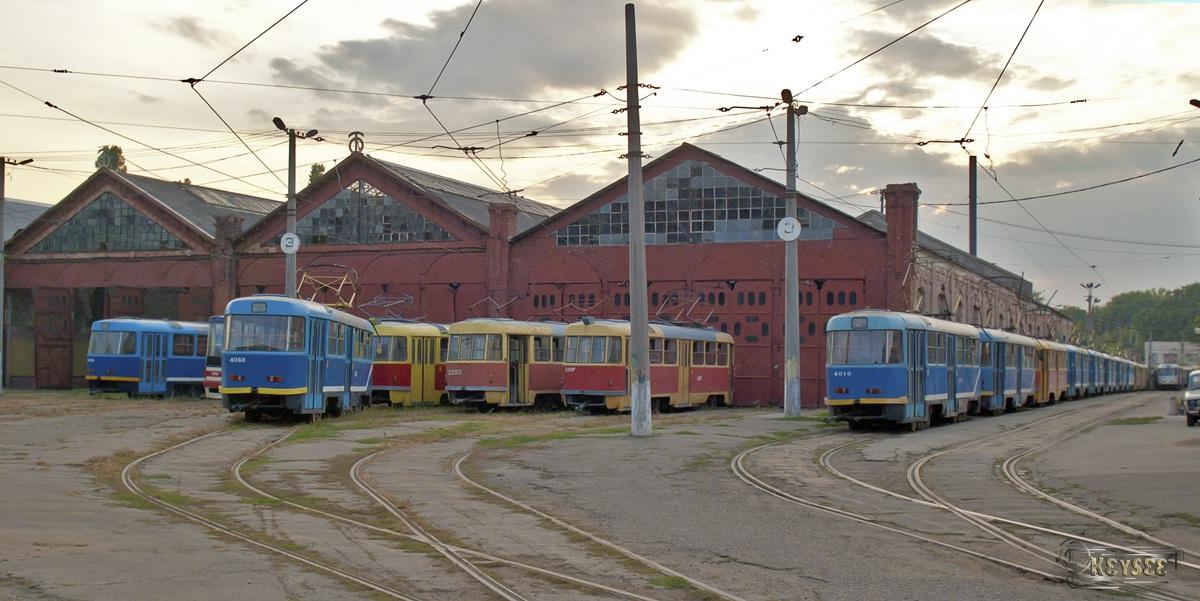 Одесса. Tatra T3SU №3307, Tatra T3SU мод. Одесса №4068, Tatra T3SU №3282, Tatra T3SU мод. Одесса №4010