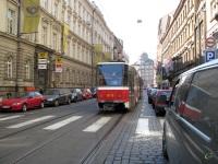 Прага. Tatra T6A5 №8713