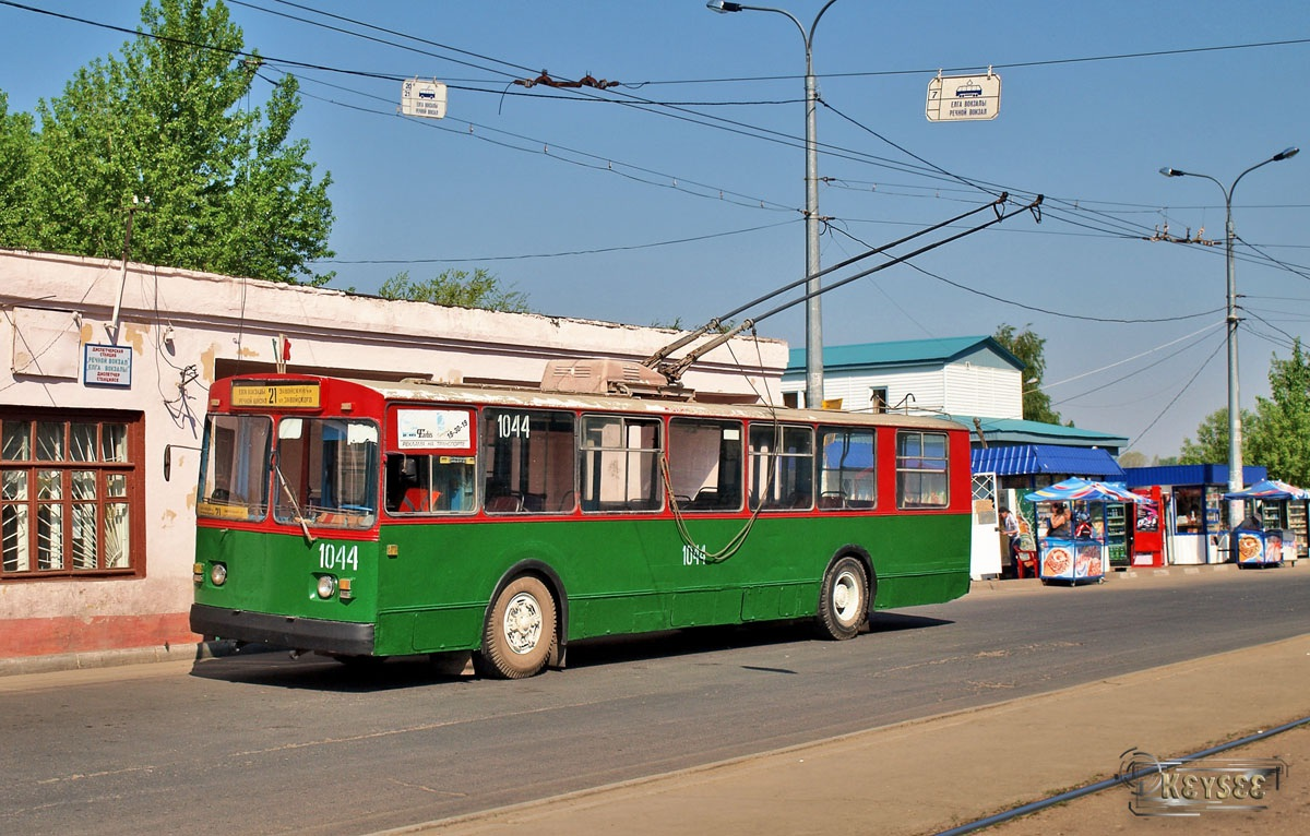 Казань. ЗиУ-682В00 №1044