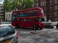 Лондон. Park Royal RM (AEC Routemaster) 776DYE