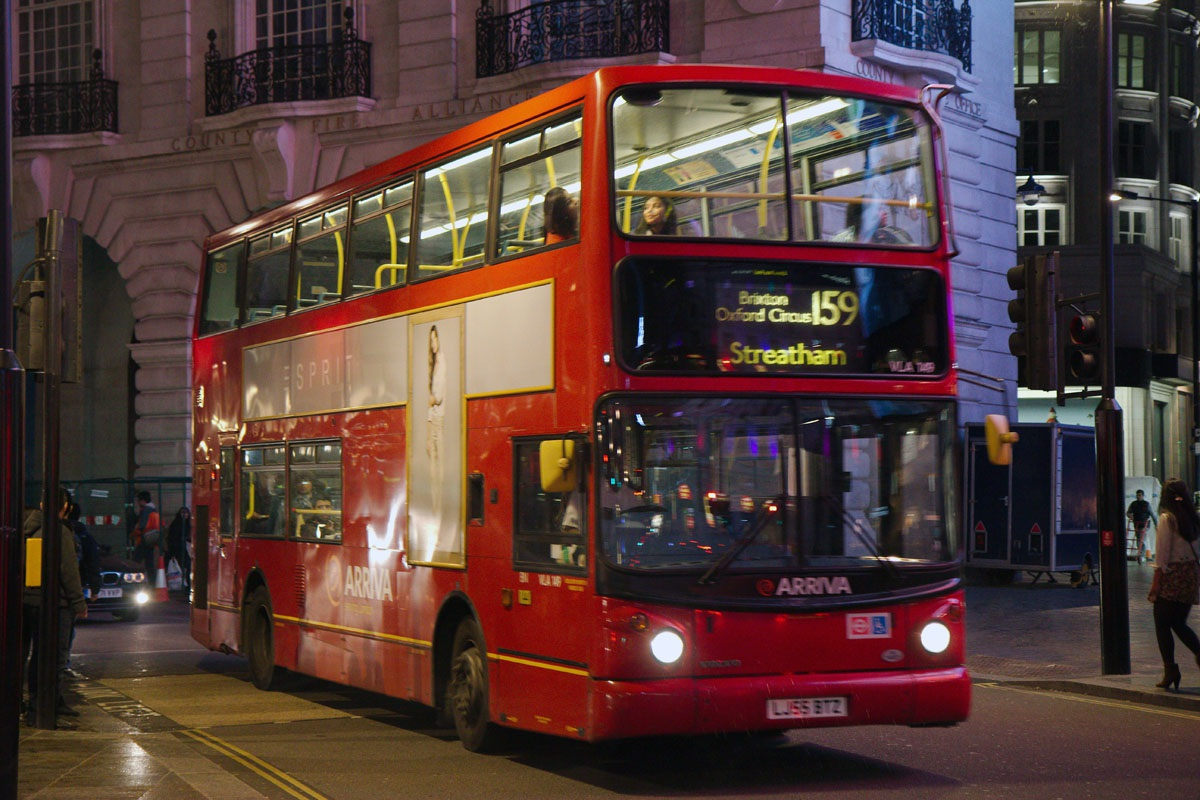 Лондон. Alexander ALX400 LJ55BTZ