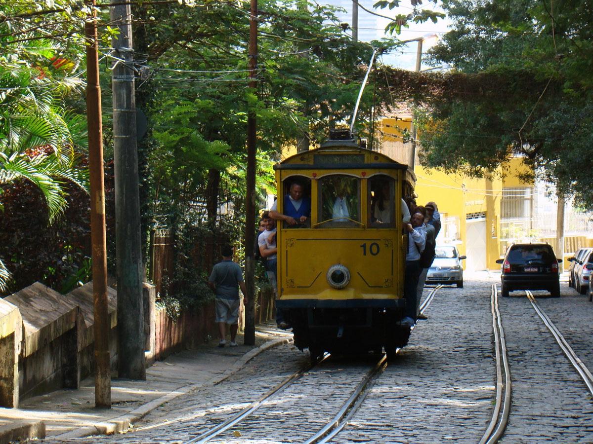 Рио-де-Жанейро. Двухосный моторный вагон №10