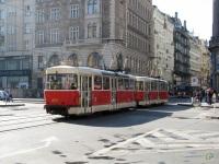 Прага. Tatra T3 №8550, Tatra T3 №8551