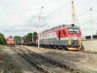 Новочеркасск. 3ЭС5К-303, ЭП1М-732