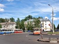 Великий Новгород. ЗиУ-682 КР Иваново №8, ЗиУ-682 КР Иваново №13, ЛАЗ-699Р аа440