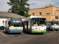 Великий Новгород. НефАЗ-5299 ав626, ЛиАЗ-6212.70 ас834, ЛАЗ-695Н ав379