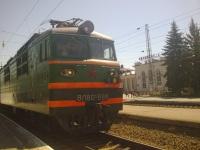 Таганрог. ВЛ80с-688