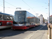 Прага. Škoda 15T №9203