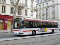 Лион. Renault Agora S 8253 TL 69