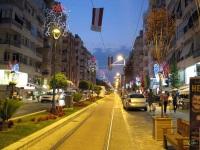 Анталья. Трамвайная линия в вечернем освещении
