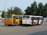 Псков. Ikarus 280.33 ав284, Mercedes-Benz O345 ав092
