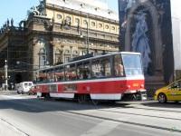 Прага. Tatra T6A5 №8633