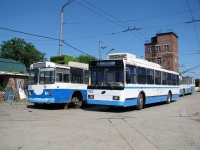 Таганрог. ЗиУ-682Г00 №80, ВМЗ-52981 №102