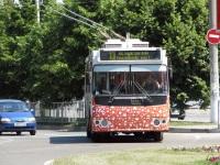 Краснодар. Троллейбус ЗиУ-682ВОВ №076 на 9 маршруте