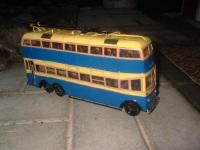 Модель двухэтажного троллейбуса ЯТБ-3