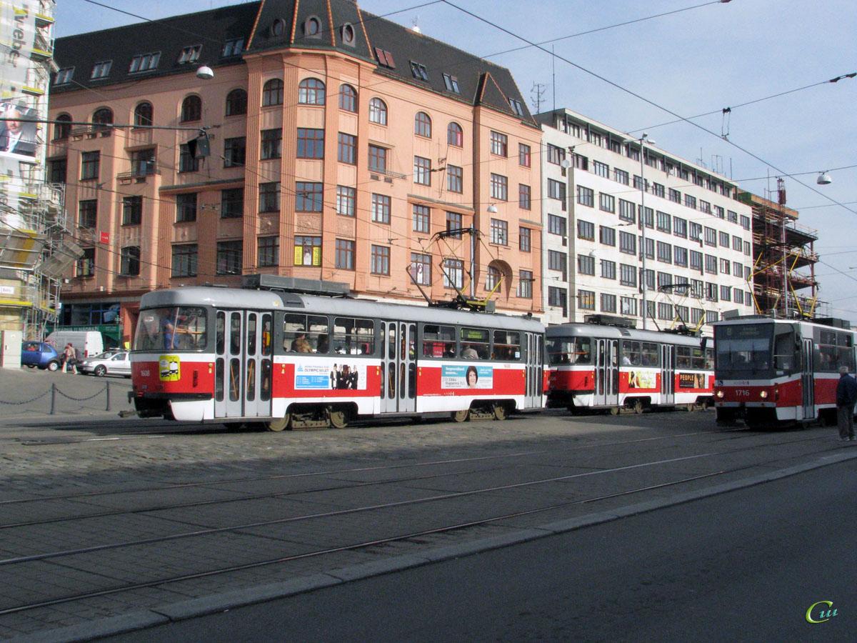 Брно. Tatra T3 №1606, Tatra T3 №1608, Tatra KT8D5 №1716