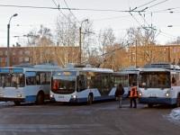 Санкт-Петербург. ВЗТМ-5284 №6135, ВМЗ-6215 №6019, ВМЗ-5298.01 №6826