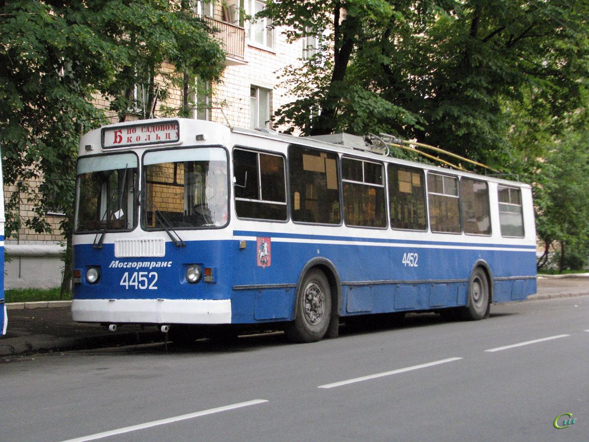 Москва. ЗиУ-682Г-016 (ЗиУ-682Г0М) №4452