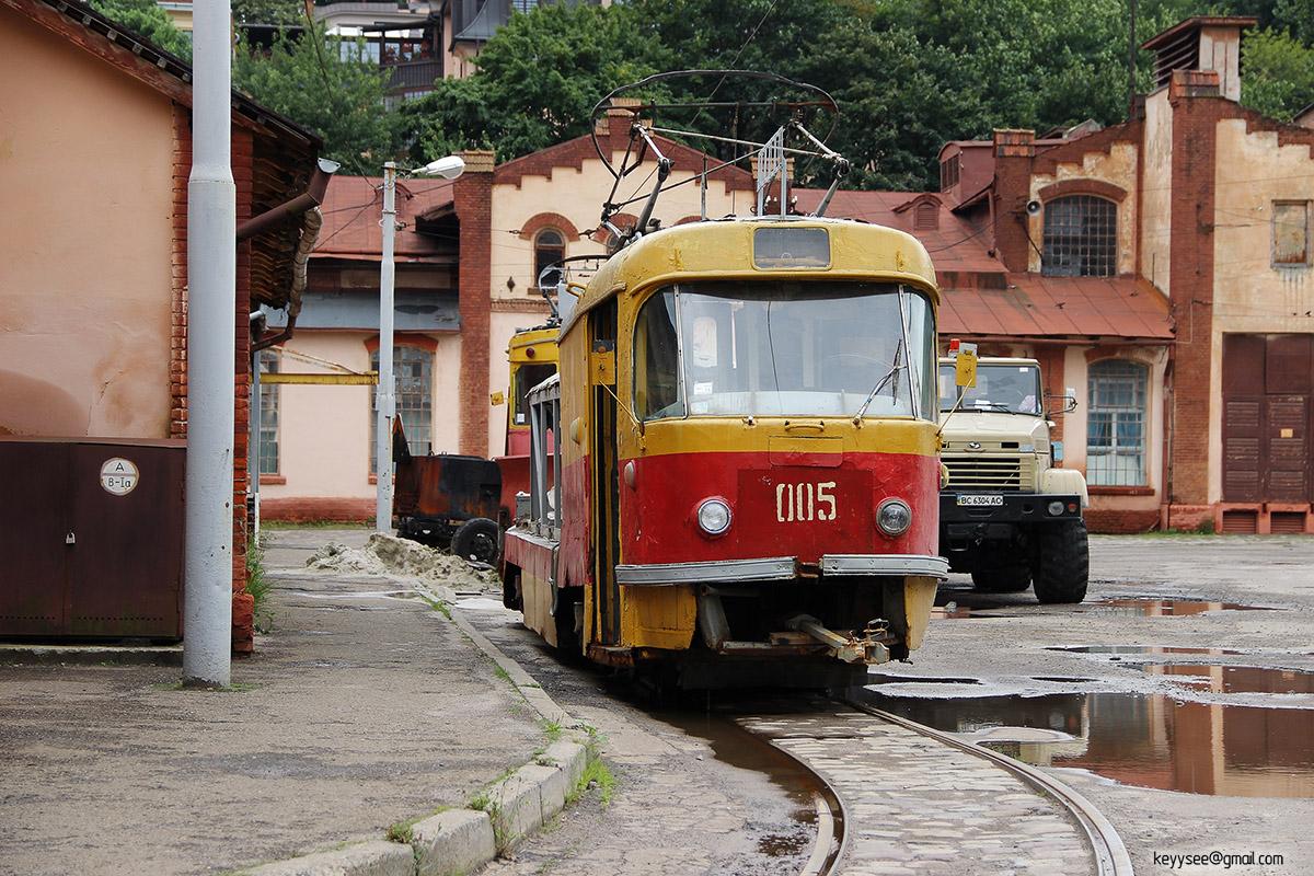 Львов. Tatra T4 №005