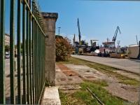 Пула. Заброшенная грузовая железнодорожная ветка в порту Пулы
