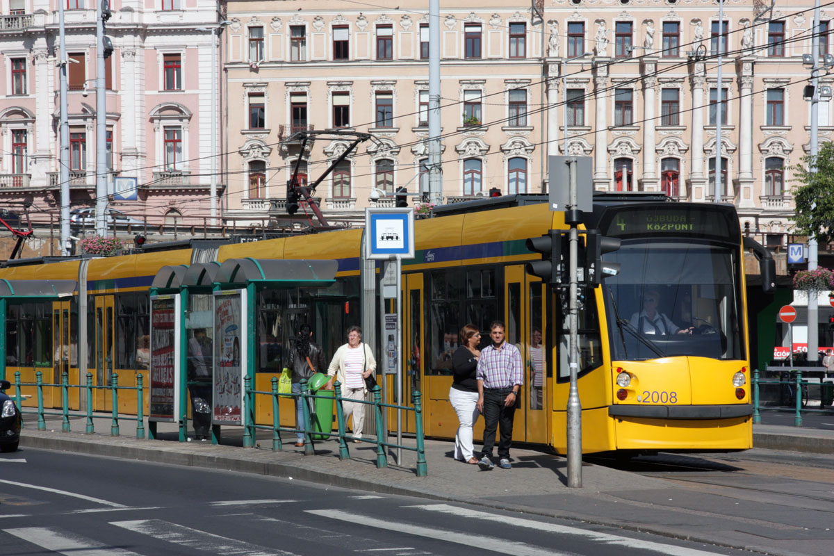 Будапешт. Siemens Combino Supra NF12B №2008