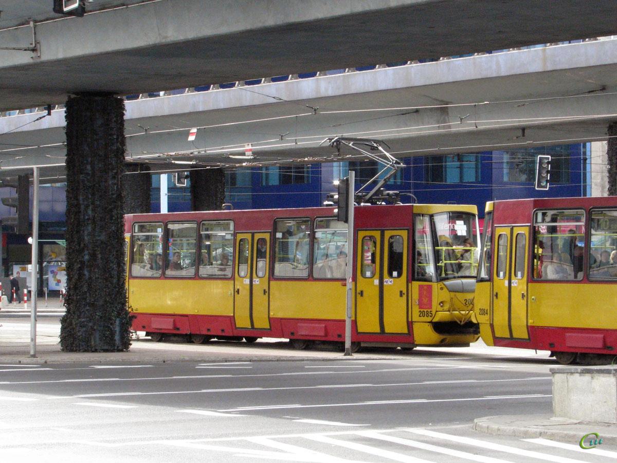 Варшава. Konstal 105N2k/2000 №2085