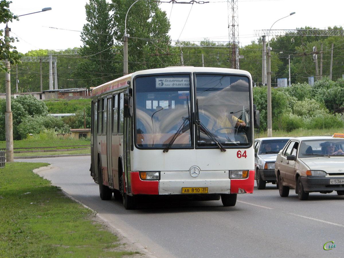 Вологда. Mercedes-Benz O345 ав810