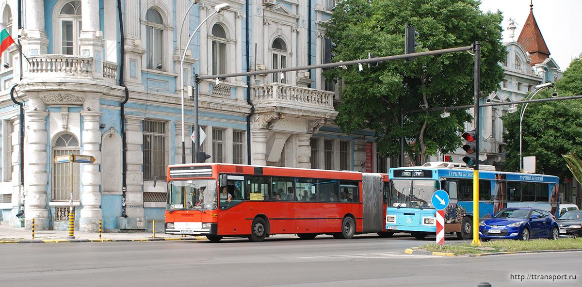 Варна. Mercedes O405GN B 0953 KP, Merkavim 3277 B 4288 KT