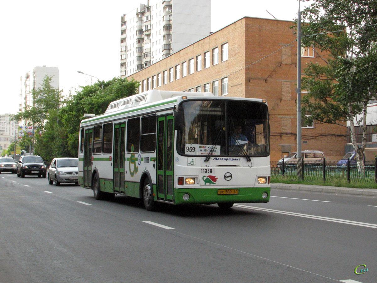 Москва. ЛиАЗ-5293 вх500