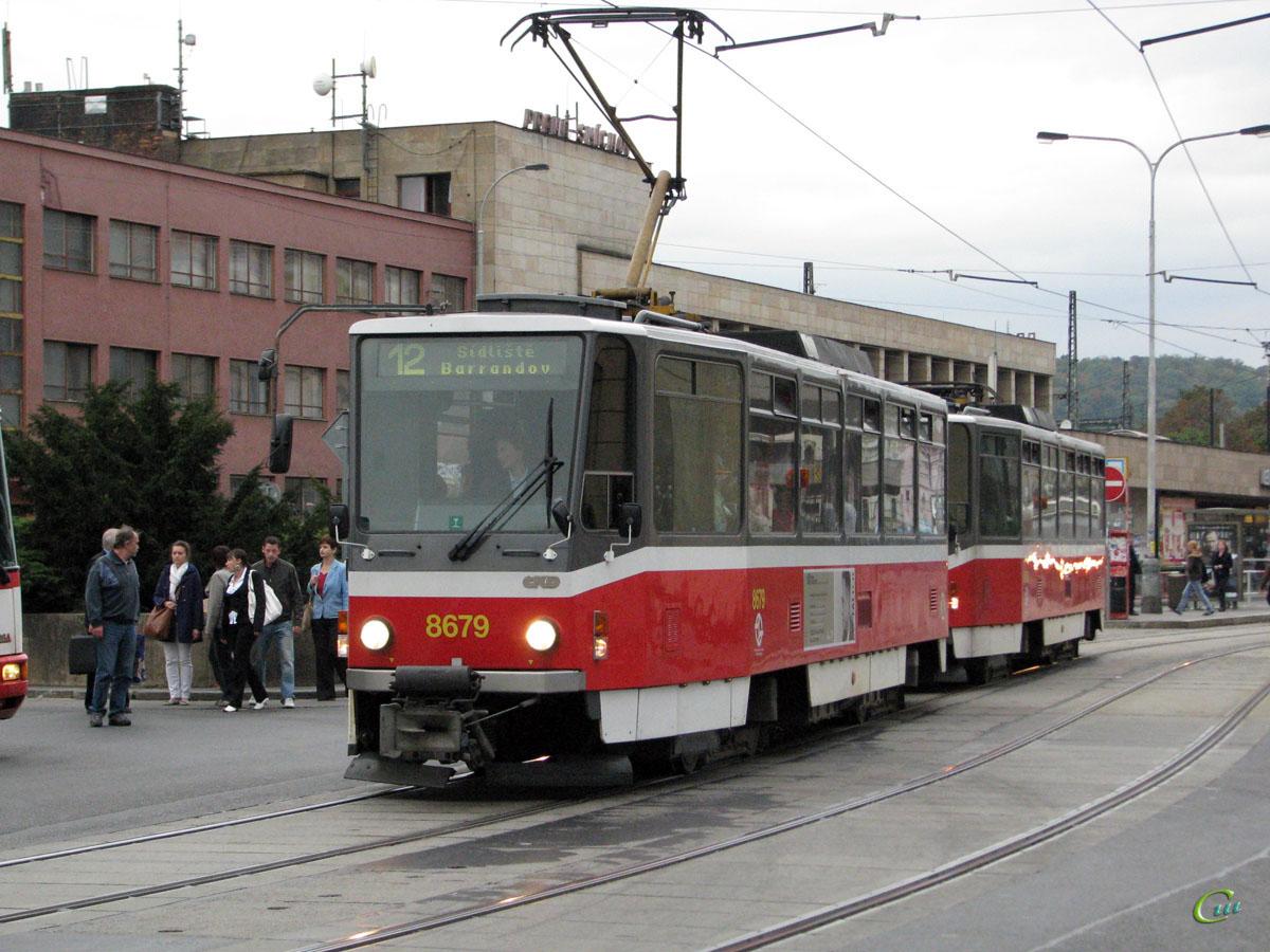 Прага. Tatra T6A5 №8680, Tatra T6A5 №8679