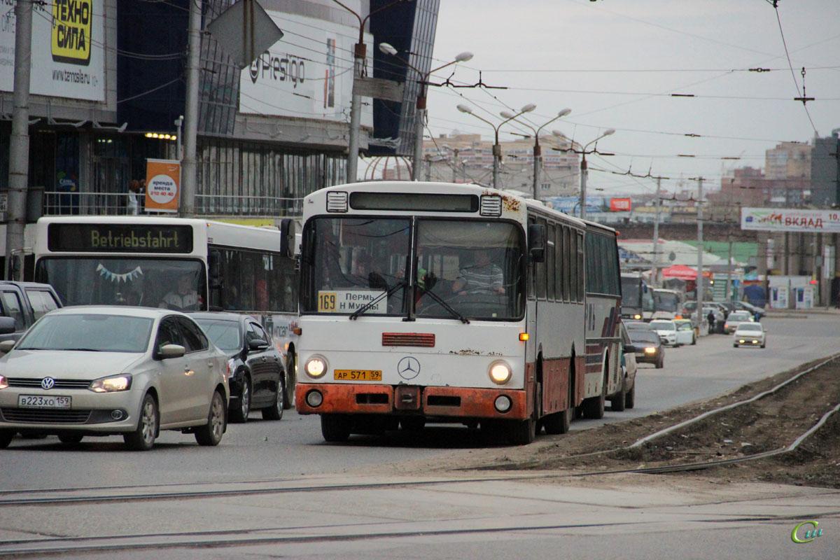 Пермь. Mercedes O307 ар571