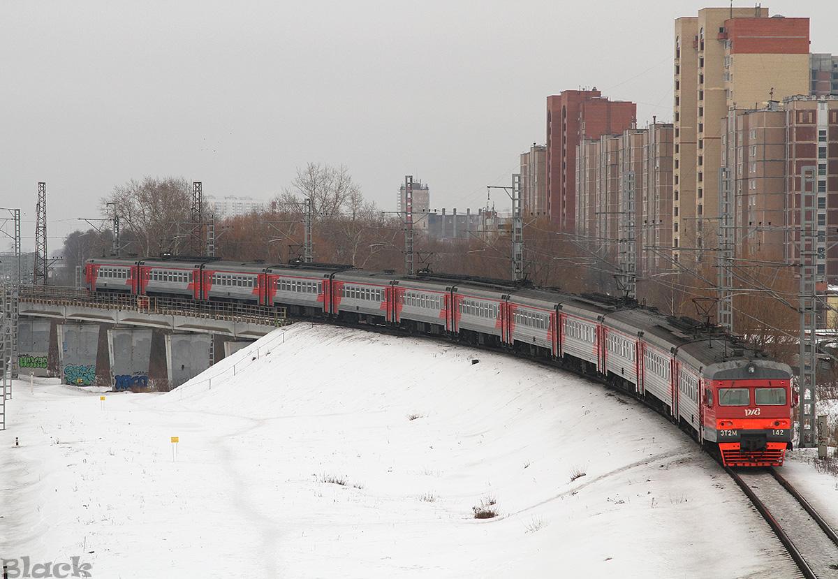 Москва. ЭТ2М-142