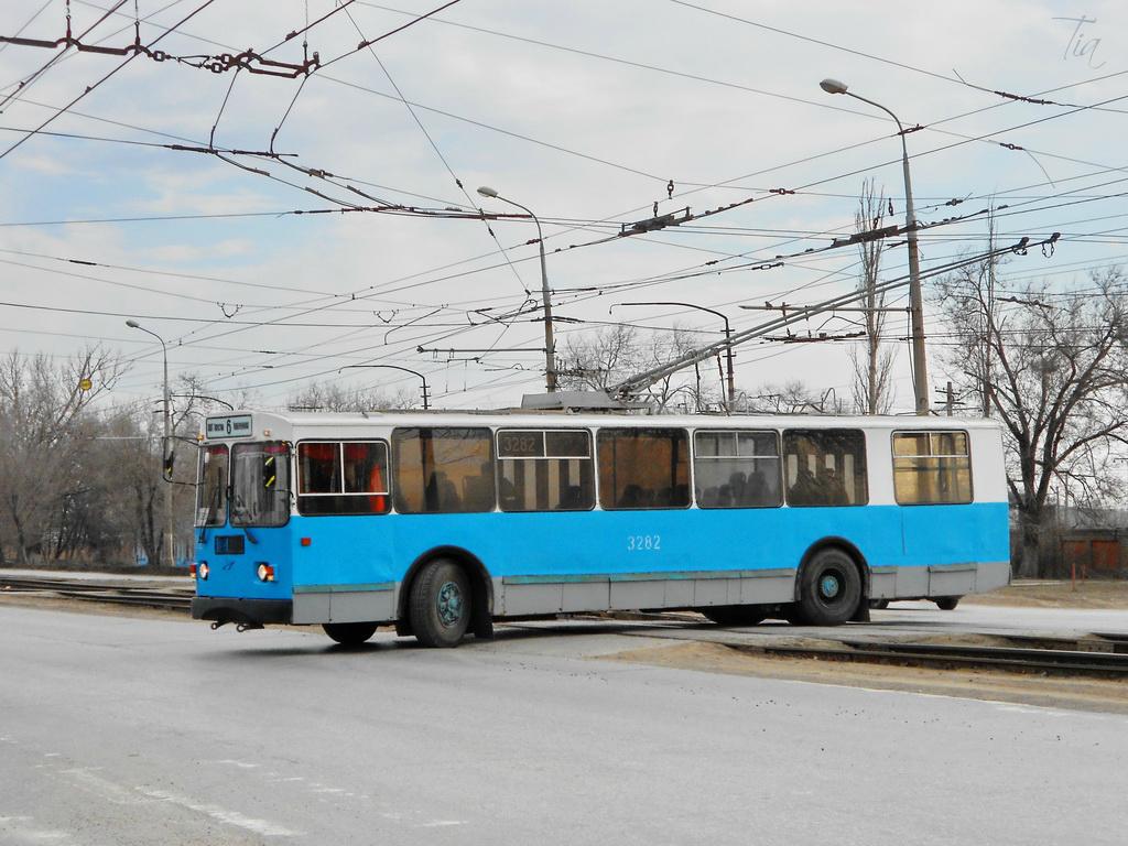 Волгоград. ЗиУ-682Г-016 (012) №3282