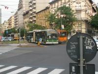 Милан. Van Hool AG300T №725