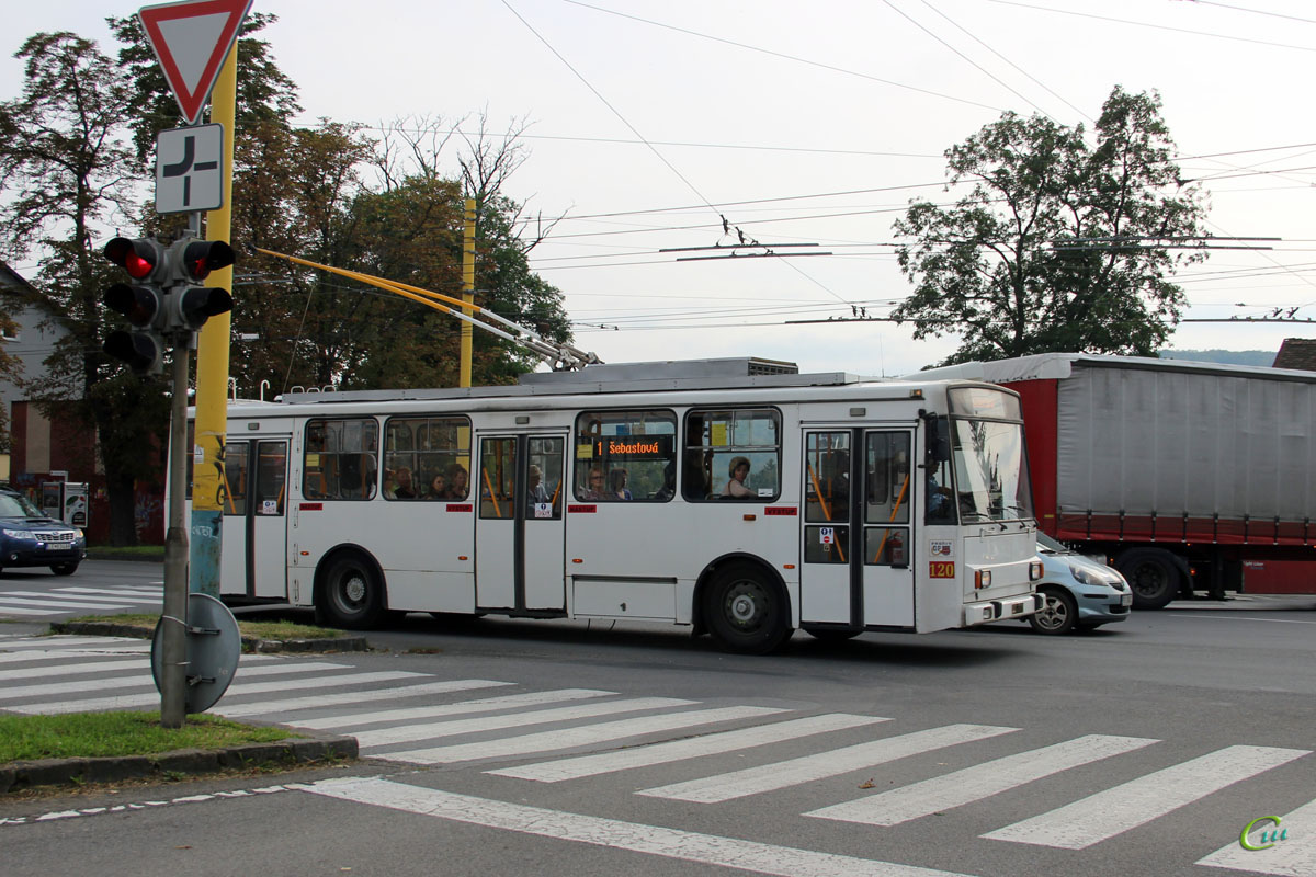 Прешов. Škoda 14Tr17/6M №120
