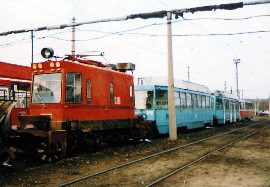 Луганск. ЛТ-10 №208, ВТК-01 №С-06