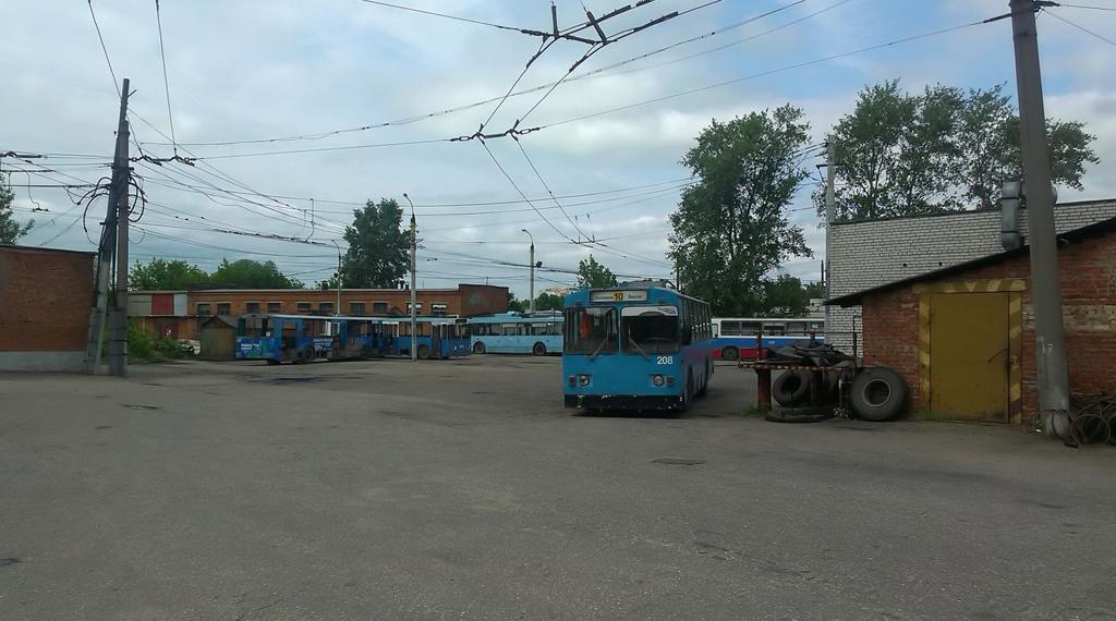 Владимир. ЗиУ-682Г00 №208