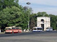Кишинев. ЮМЗ-Т2 №2146, АКСМ-321 №2161, ЗиУ-682В-013 (ЗиУ-682В0В) №1242