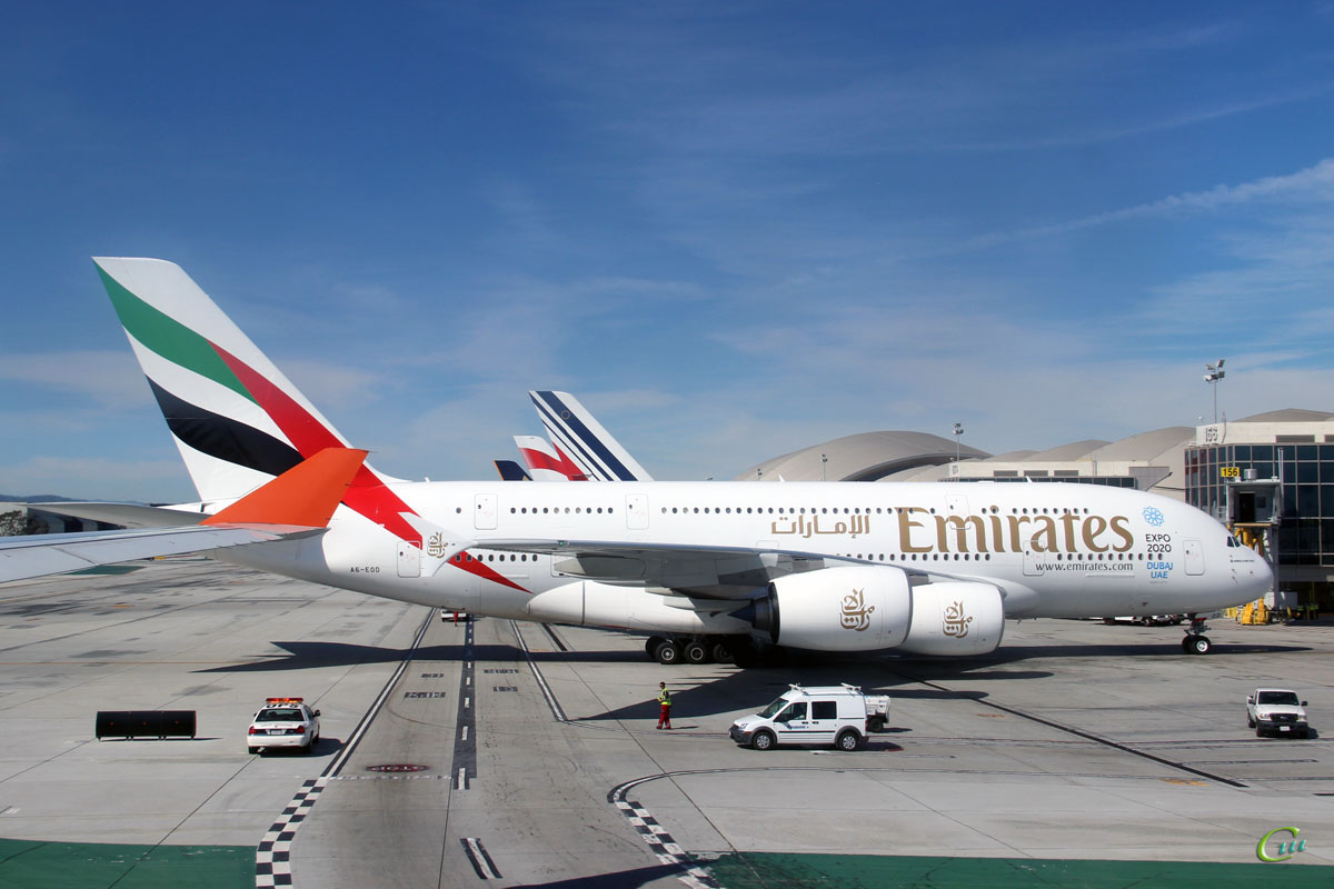 Лос-Анджелес. Самолет Airbus A380 (A6-EOD) авиакомпании Emirates Airline