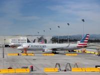 Лос-Анджелес. Самолет Airbus A321 (N106NN) авиакомпании American Airlines