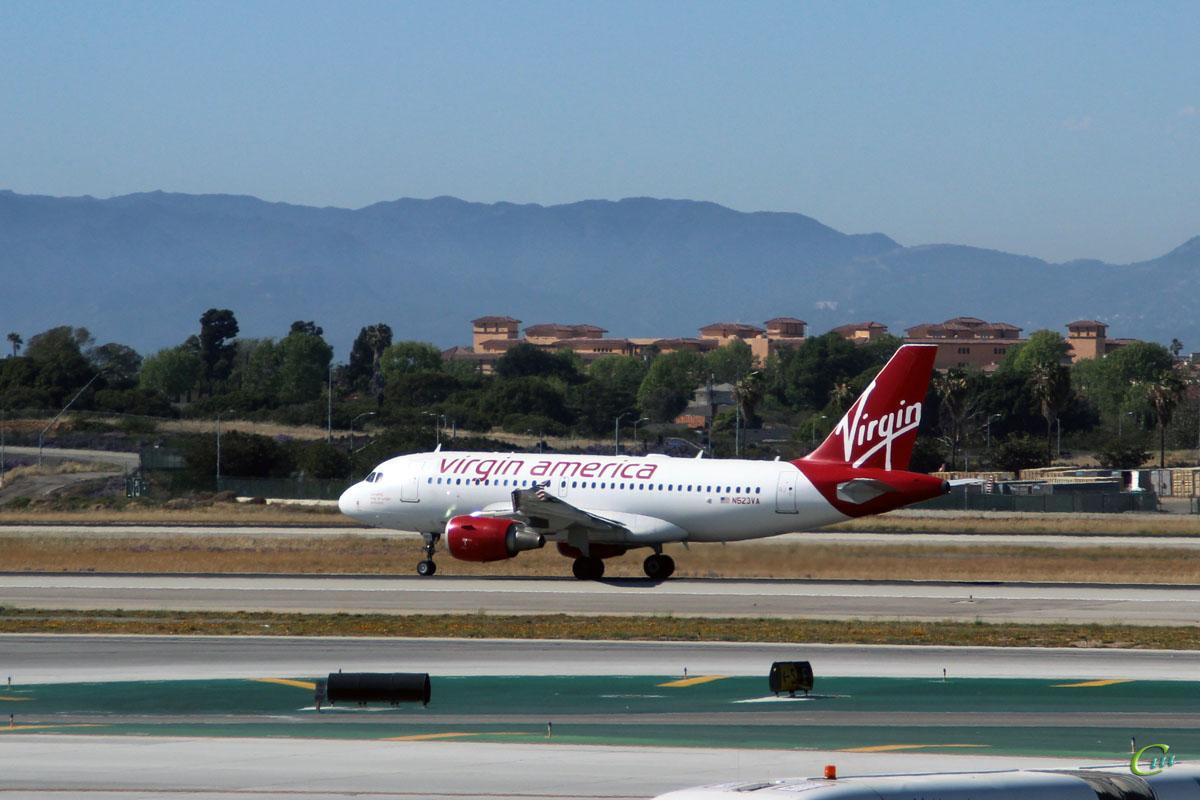 Лос-Анджелес. Самолет Airbus A319 (N523VA) авиакомпании Virgin America