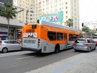 Лос-Анджелес. New Flyer XN40 1442048