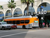 Лос-Анджелес. New Flyer XN40 1408923