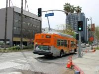 Лос-Анджелес. NABI 40-LFW 1111308