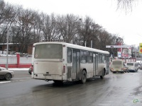 Ростов-на-Дону. Hyundai County SWB см705, Mercedes O345 р764ан