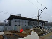 Кириши. Строительство вокзала станции Кириши, вид со стороны платформы