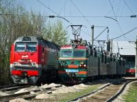 Батайск. ВЛ80с-944, 2ТЭ25КМ-0039