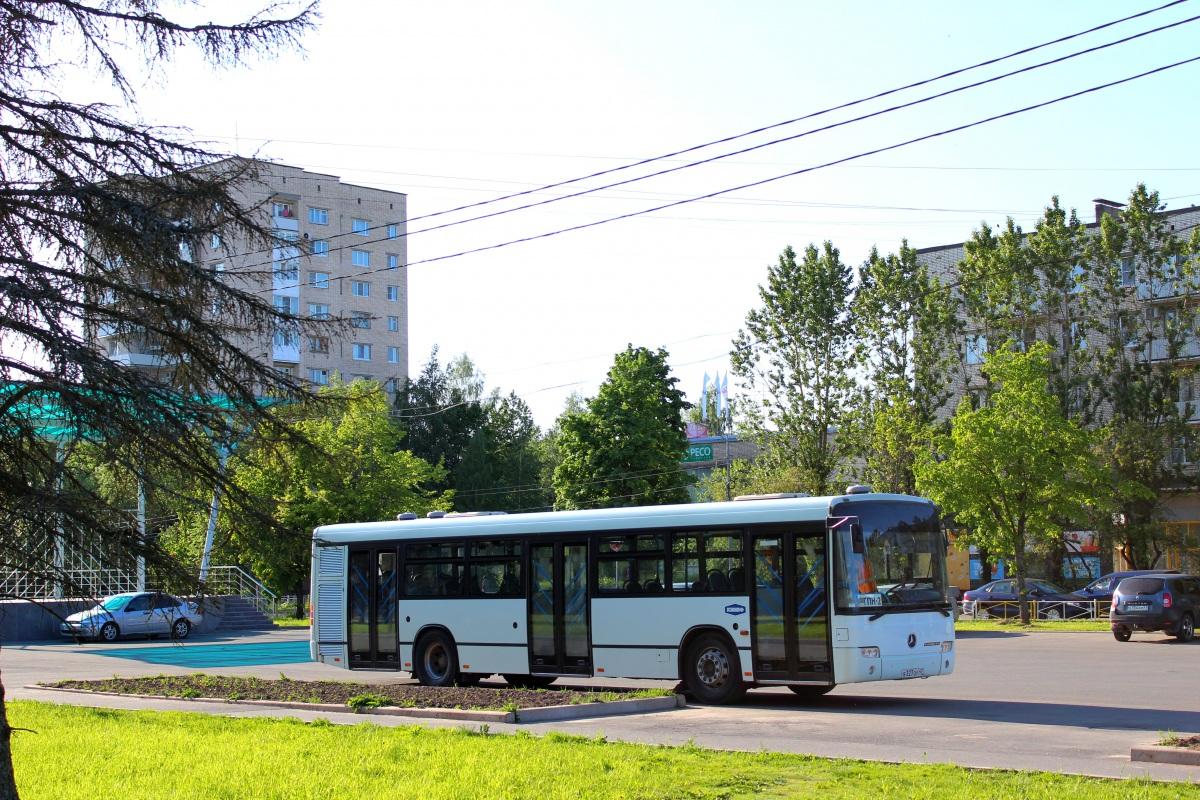 Кириши. Mercedes-Benz O345 Conecto C в327оу